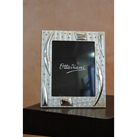 Ottaviani 25584AM frame